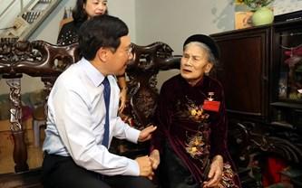 Phó Thủ tướng tri ân người có công tỉnh Thanh Hóa