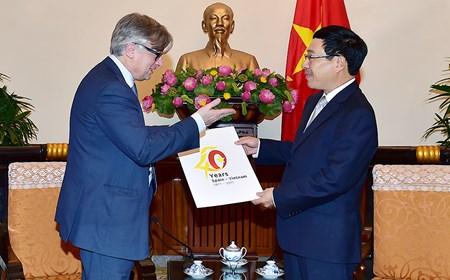 Phó Thủ tướng Phạm Bình Minh tiếp Quốc vụ khanh Bộ Ngoại giao Tây Ban Nha