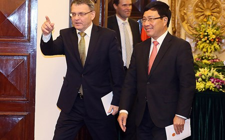 Bộ trưởng Ngoại giao Czech thăm chính thức Việt Nam