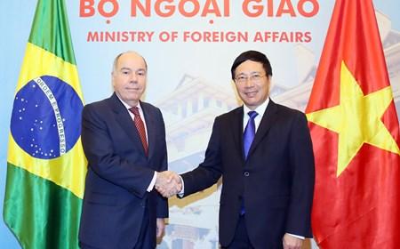 Bộ trưởng Ngoại giao Brazil thăm Việt Nam