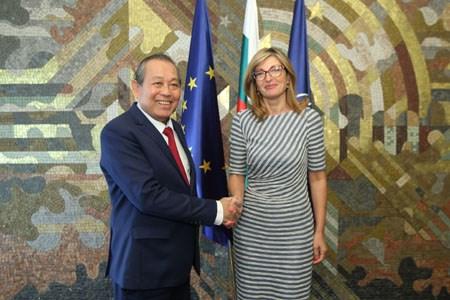Phó Thủ tướng Thường trực thăm chính thức Singapore, Phần Lan, Bulgaria - ảnh 12