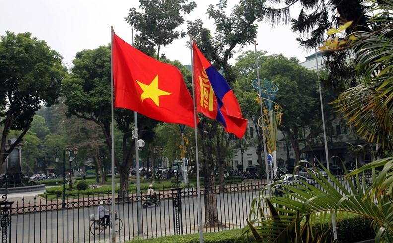 Bộ trưởng Ngoại giao Mông Cổ Tsend Munkh-Orgil thăm chính thức Việt Nam - ảnh 1