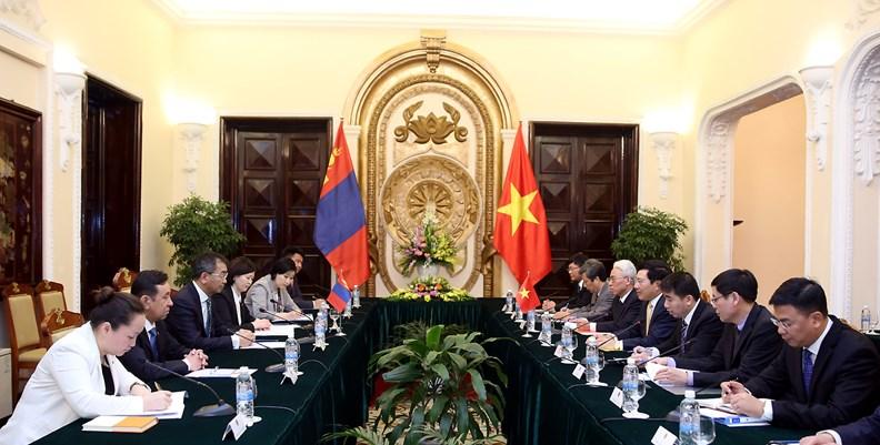 Bộ trưởng Ngoại giao Mông Cổ Tsend Munkh-Orgil thăm chính thức Việt Nam - ảnh 5