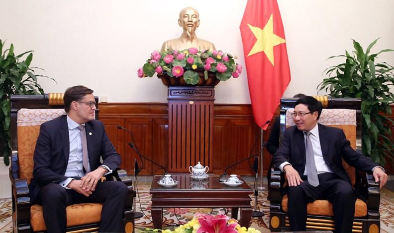 Phó Thủ tướng Phạm Bình Minh tiếp thứ trưởng Ngoại giao Venezuela - ảnh 2
