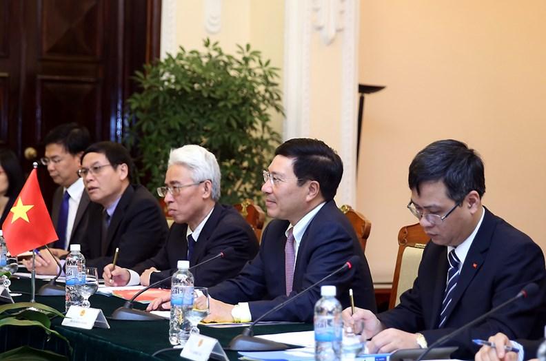 Bộ trưởng Ngoại giao Hàn Quốc thăm chính thức Việt Nam. - ảnh 4