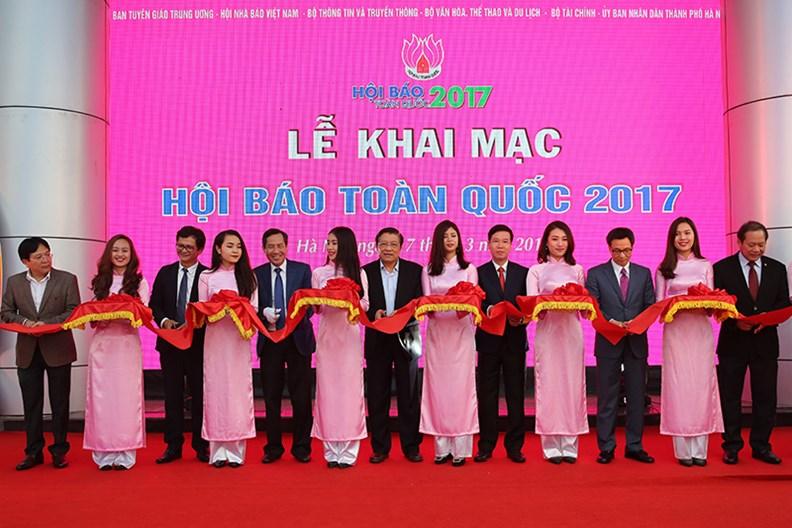 Phó Thủ tướng dự Hội Báo toàn quốc 2017 - ảnh 2
