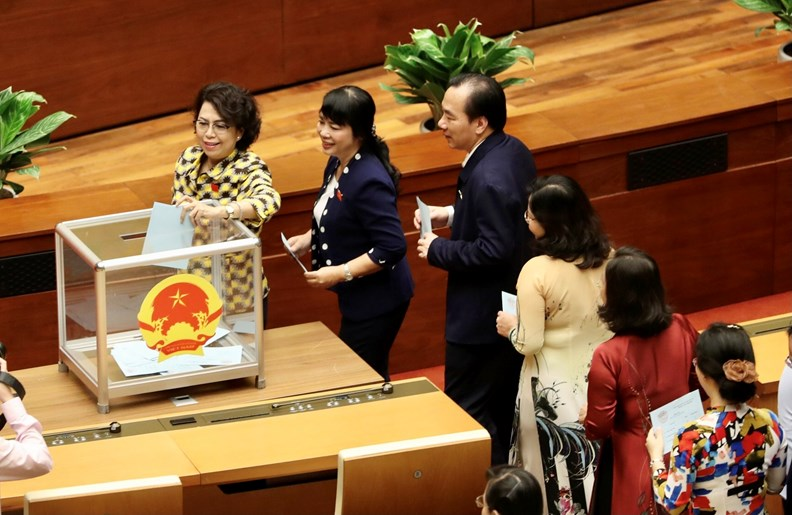 Thủ tướng trình Quốc hội kiện toàn một số thành viên Chính phủ - ảnh 1
